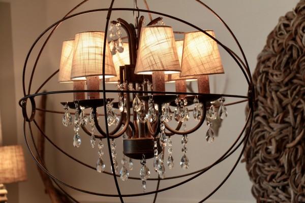metall kronleuchter lampen wohnaccessoires h o m e online store. Black Bedroom Furniture Sets. Home Design Ideas